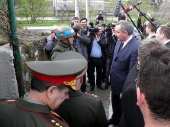 Pacificator rus, fata in ata cu trimisul Kremlinului pentru Transnistria, Dmitri Rogozin