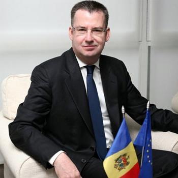 Dirk_Schuebel