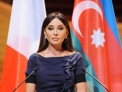 Mehriban Alyeva, prima doamna a Azerbaidjanului, propusa pentru postul de presedinte