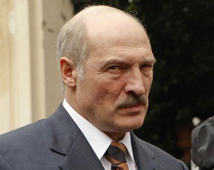 Liderul belarus, Alexandr Lukasenko, debarca la Kiev