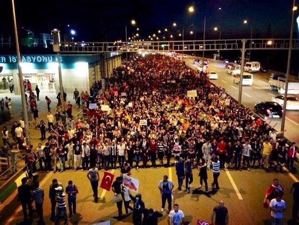 protest Istanbul Taksim sm2