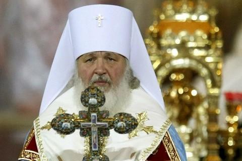 Patriarhul rus Kirill intra triumfal in Kiev