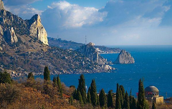 Regiunea turistica Crimeea devine treptat domeniul privat al familiei prezidentiale Ianukovici