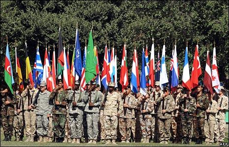 Soldatii NATO, infranti de bucataria ucraineana