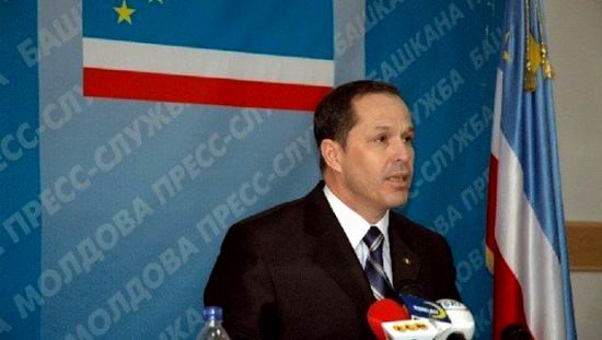 Liderul gagauz, Mihail Formuzal
