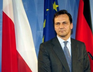 German Foreign Minister Steinmeier welcomes Polish counterpart Sikorski