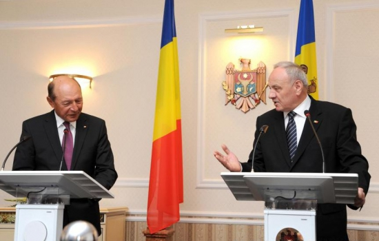 Presedintele Traian Basescu si omologul sau de peste Prut, Nicolae Timofti