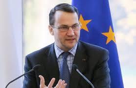 Seful diplomatiei de la Varsoviei, Radoslaw Sikorski