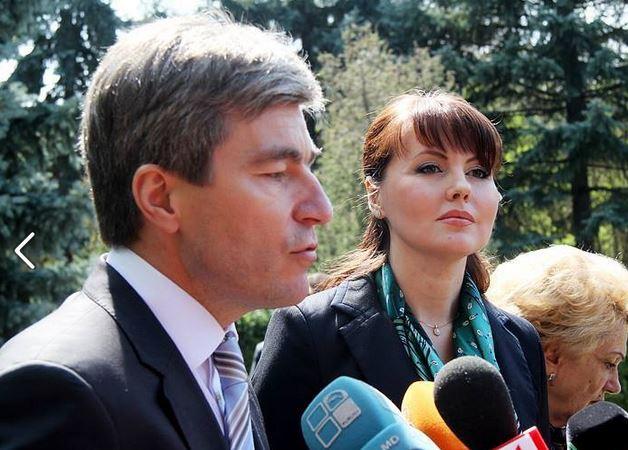 Vicepremierul Republicii Moldova, Eugen Carpov impreuna cu pretinsa sefa a diplomatiei transnistrene, Nina Stanski