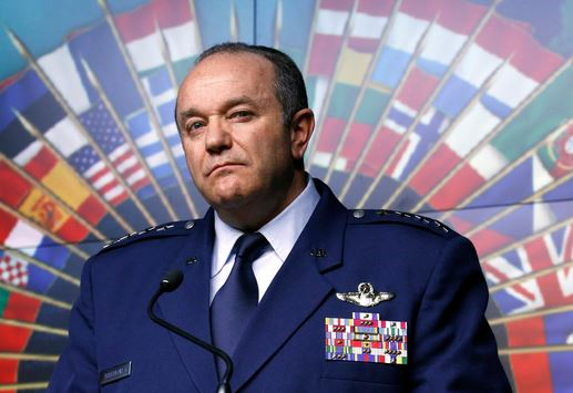 Generalul american, Philip Breedlove