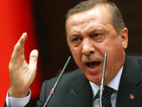 Premierul turc, Recep Tayyip Erdogan, fortat sa declare razboi Statului Islamic
