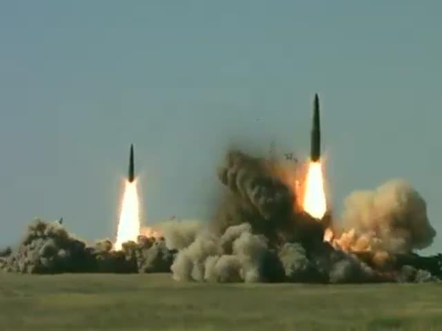 Kremlinul trimite sistemele nucleare Iskander M in Crimeea