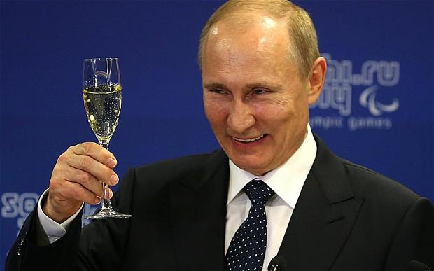 Liderul rus, Vladimir Putin, forteaza mana Chisinaului