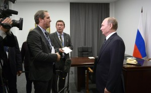Președintele rus Vladimir Putin, răspunzând întrebărilor jurnaliștilor francezi de la TF1