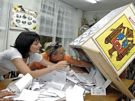 Alegerile în diaspora tulbură apele politicii moldovenești