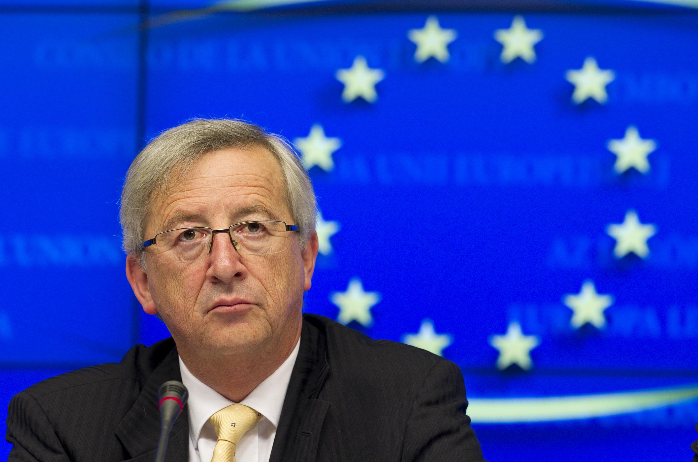 Comisarul european Jean Claude Juncker sprijină aderarea Serbia la UE