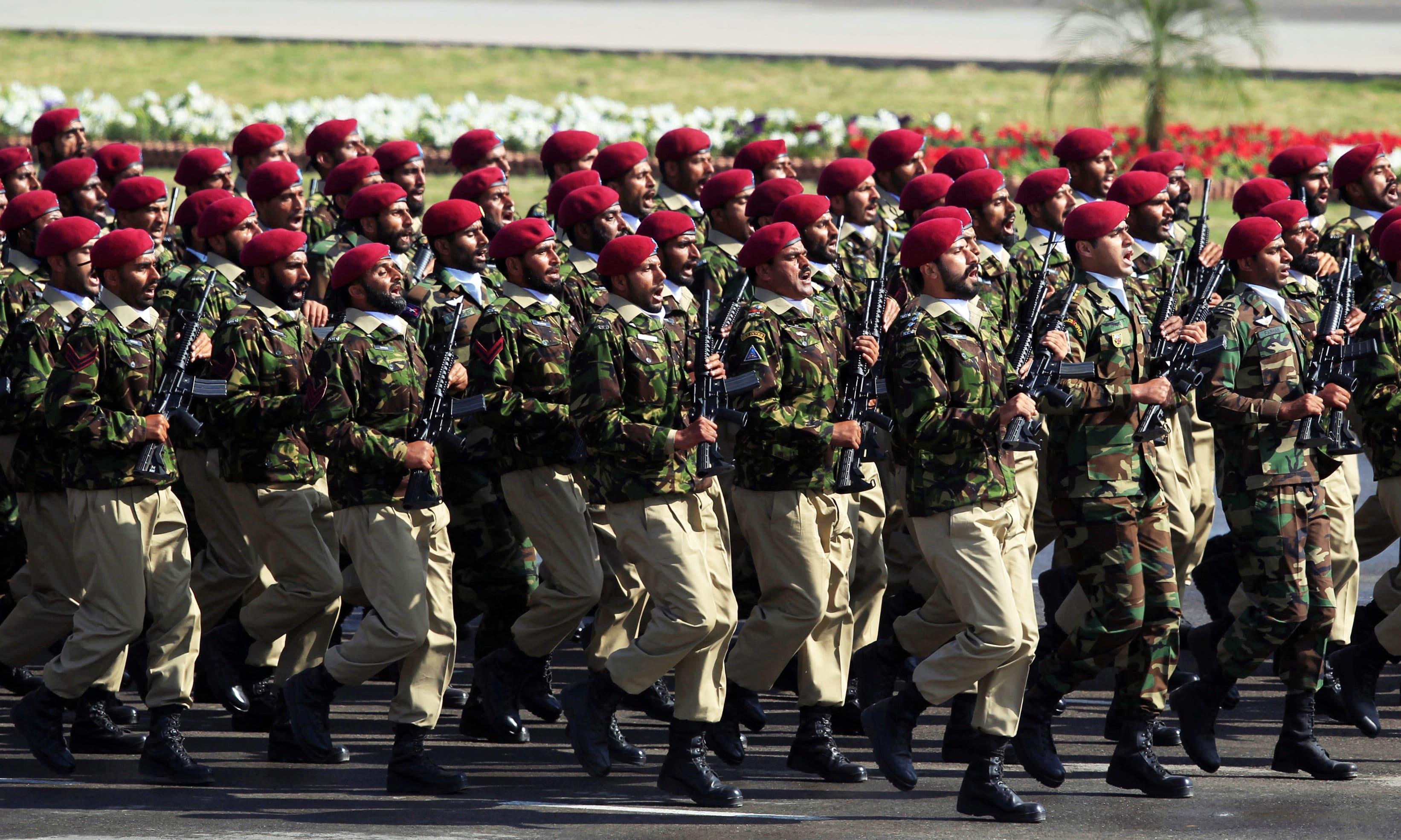 Pakistan-furnizează-zeci-de-mii-de-mercenari-pentru-armatele-statelor-arabe-din-Golf-bogate-în-petrol