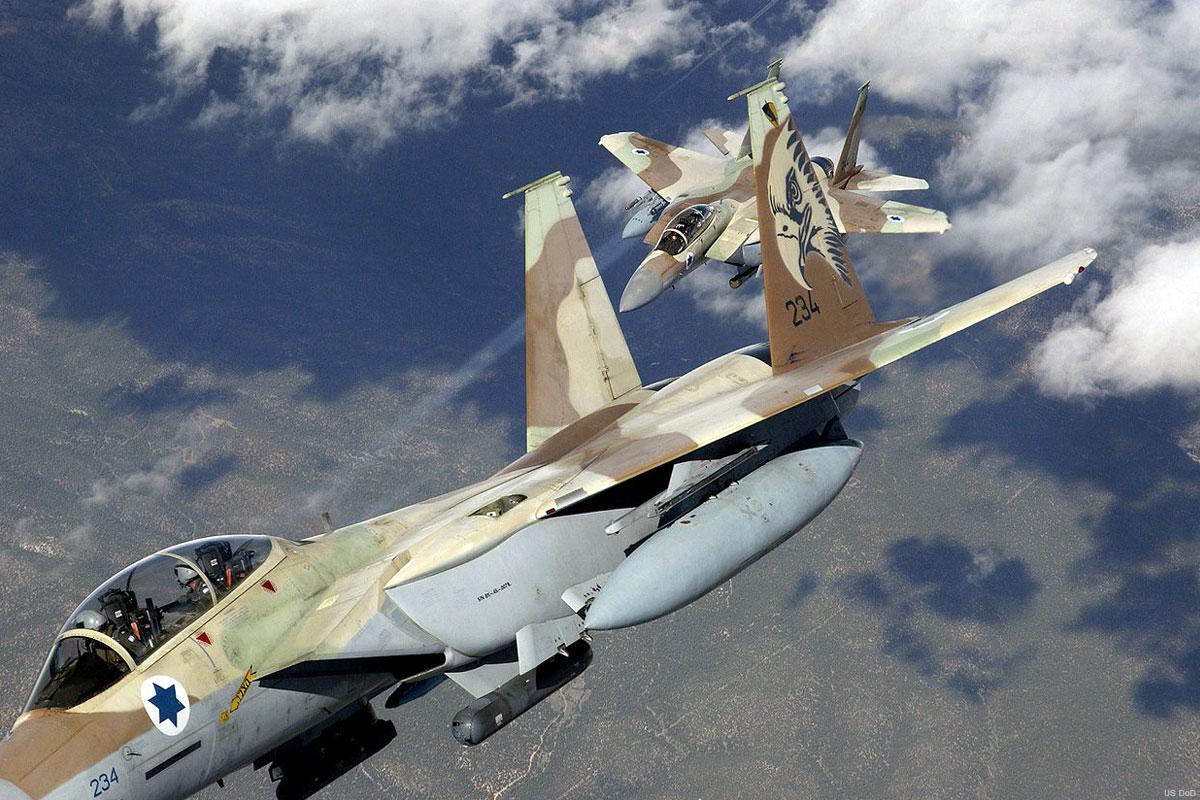 Aviația israeliană, pregătită să atace obiectivele nucleare iraniene