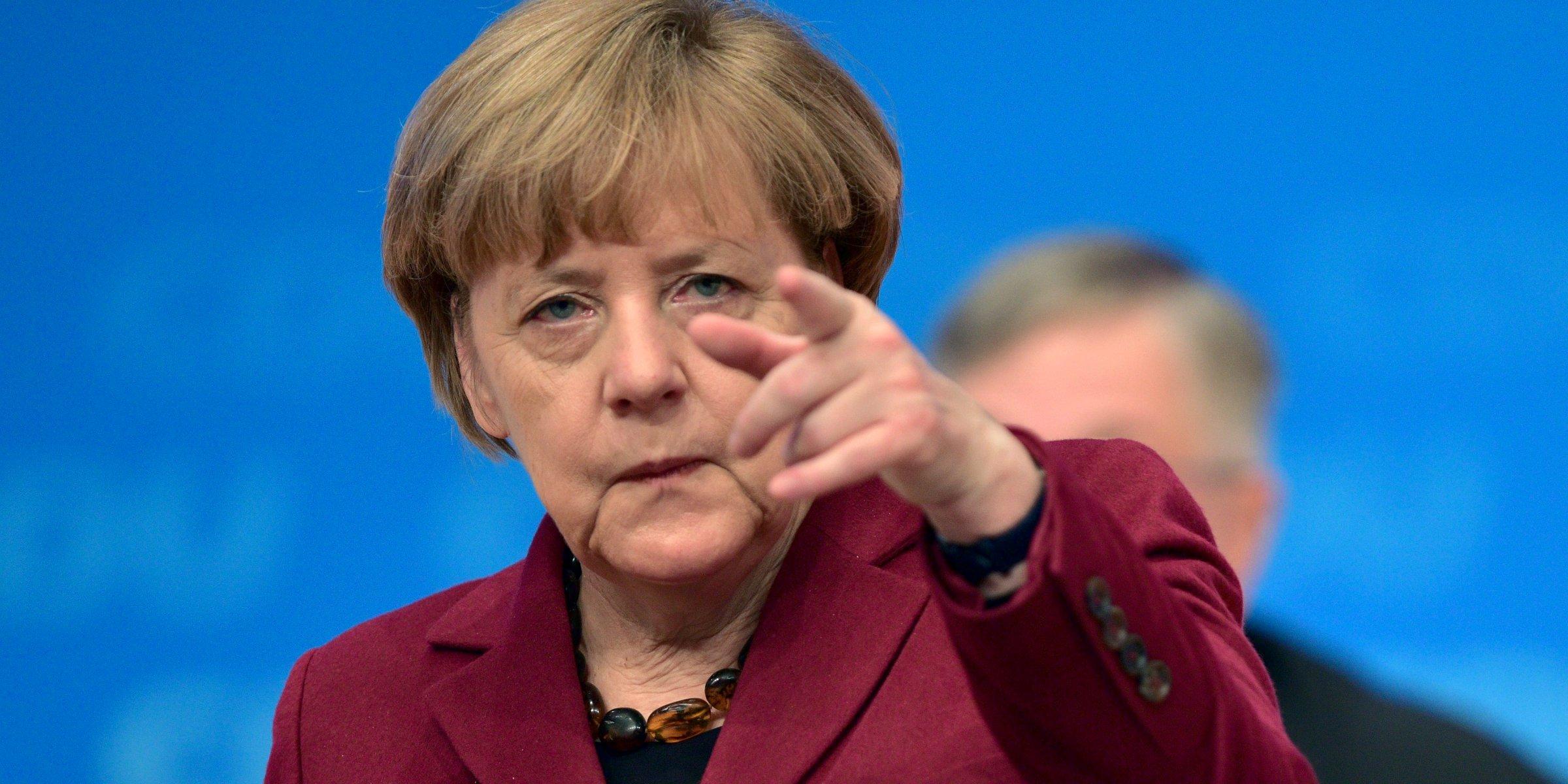 Cancelarul german Angela Merkel vrea să evite adoptarea unor noi sancțiuni împotriva Federației Ruse