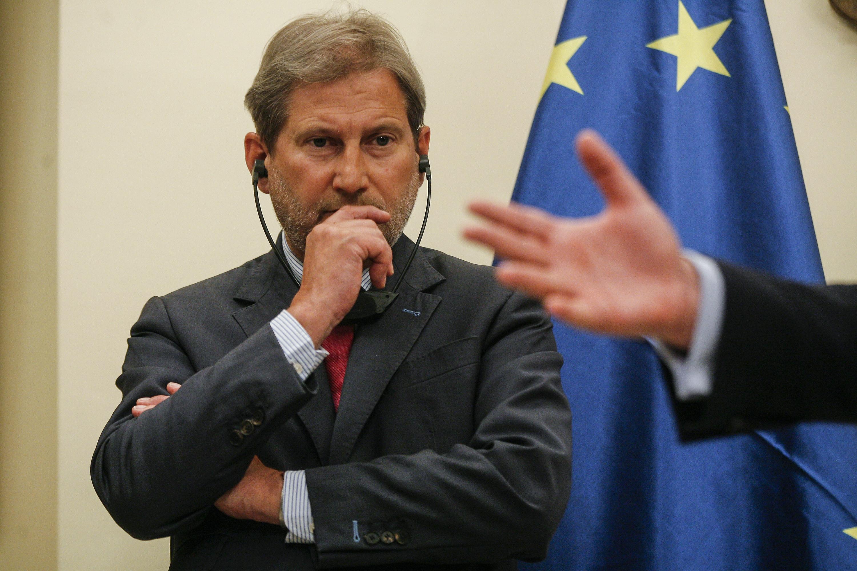 Comisarul-european-Johannes-Hahn este dezamăgit-de-Ucraina