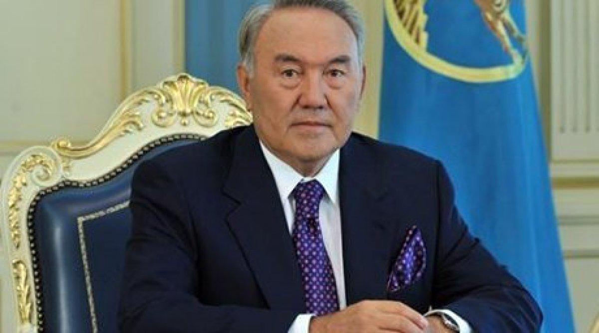 Decizia liderului kazah Nursultan Nazarbaev a trezit nemulțumirea Kremlin-ului