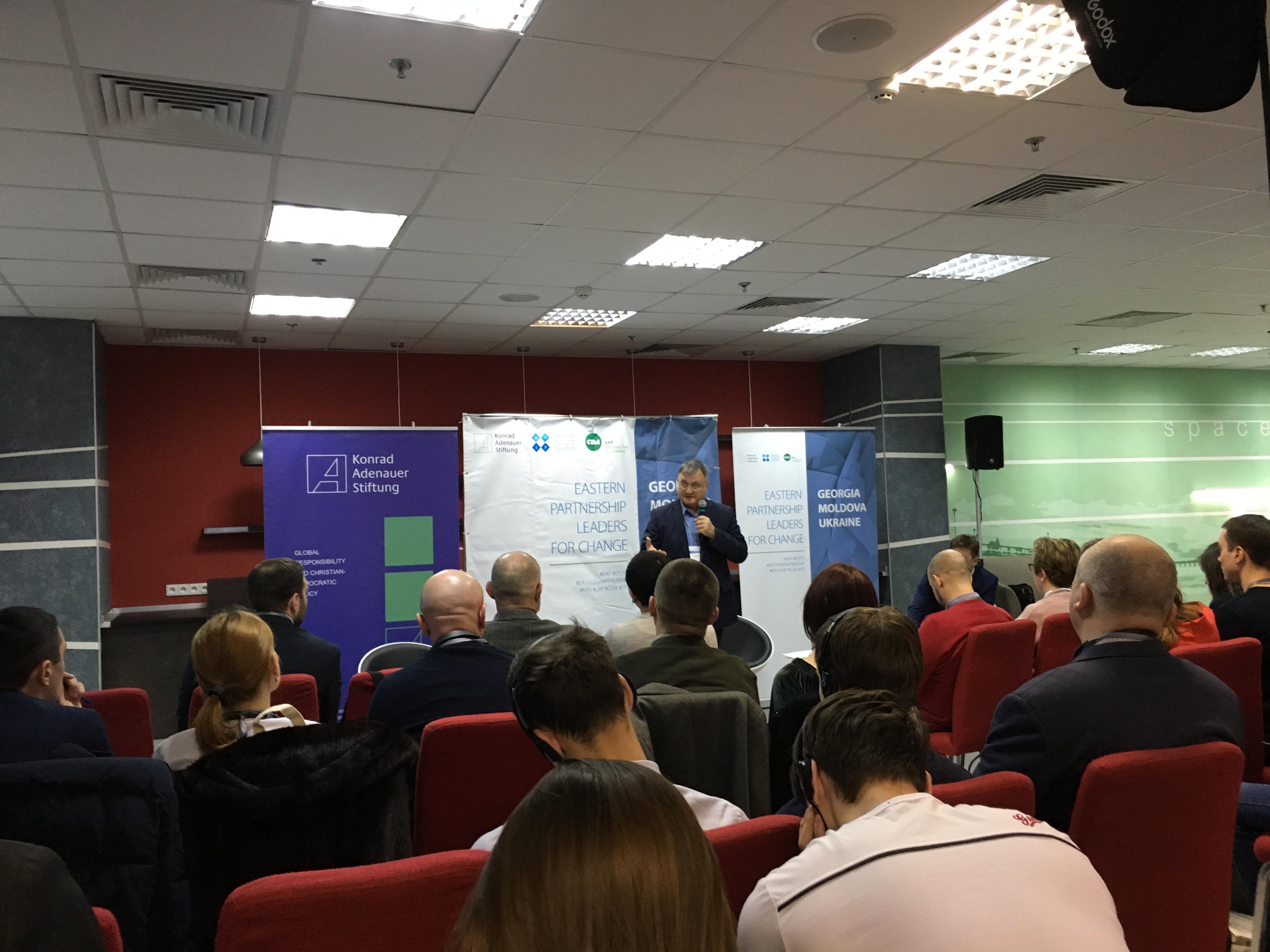Profesorul Ievgen Bistrițchi de la Institutul de Filosofie din cadrul Academiei Naționale de Științe a Ucrainei: propaganda rusă poate fi combătută prin crearea de către UE a unei rețele care să lupte cu acest flagel la nivel european