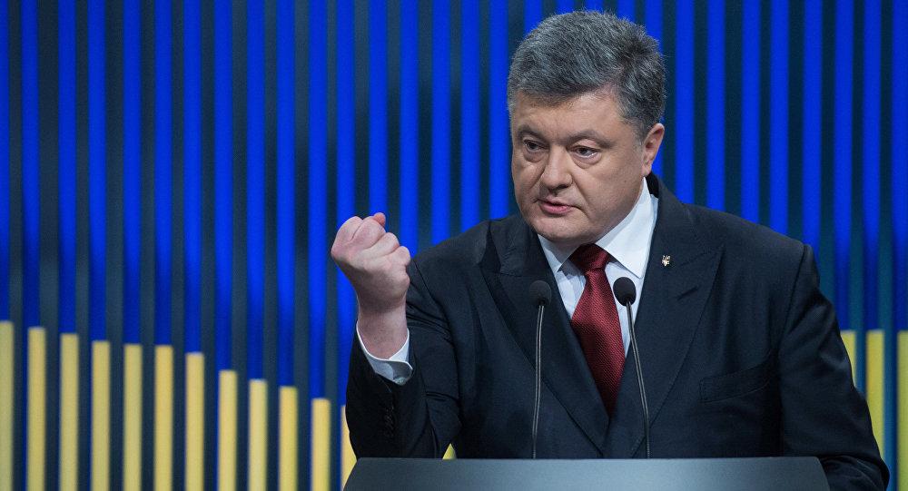 Liderul de la Kiev, Petro Poroșenko, pregătit pentru escaladarea conflictului diplomatic cu Federația Rusă