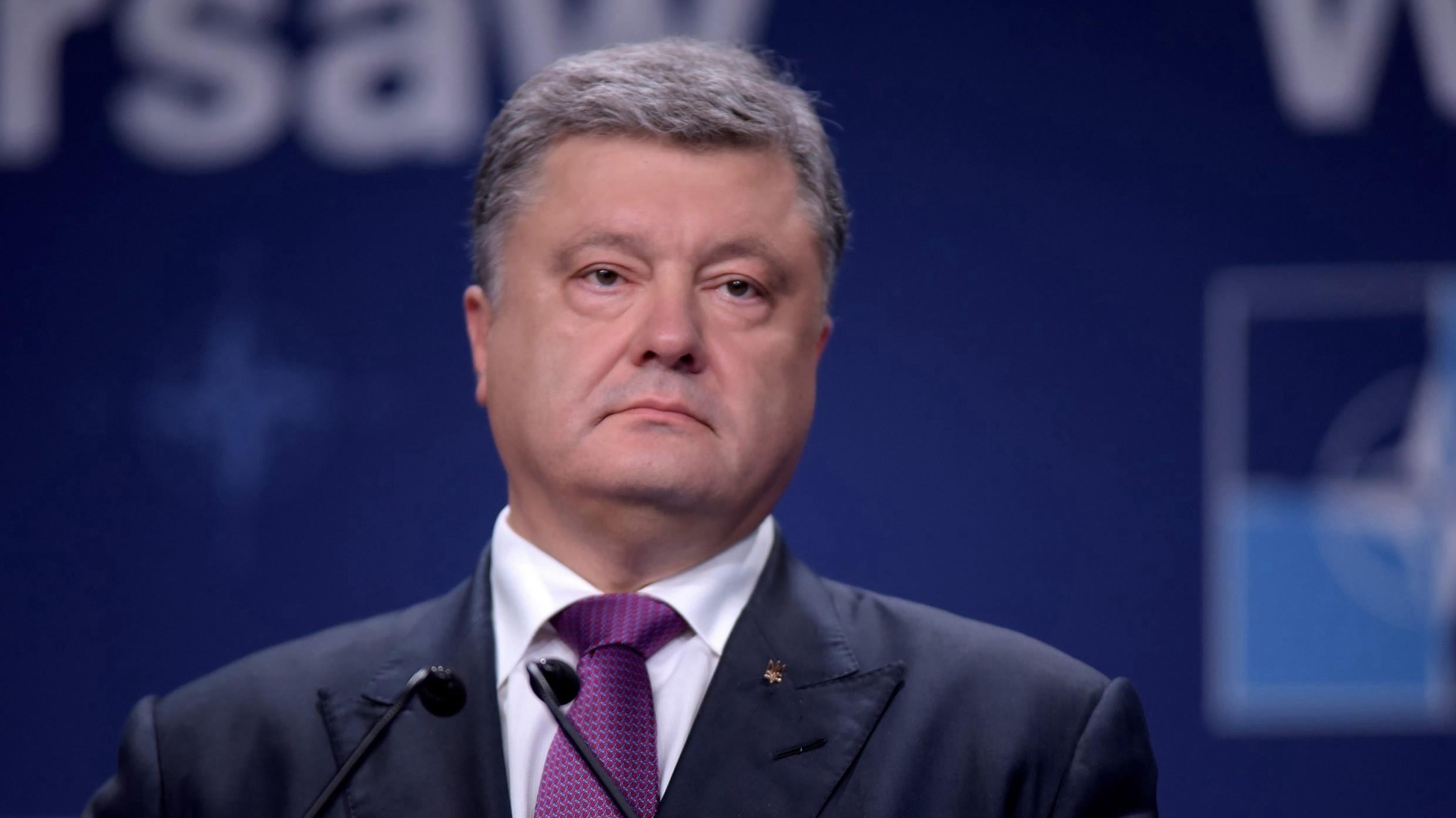 Liderul de la Kiev, Petro Poroșenko, transformă aderarea Ucrainei la NATO în slogan electoral pentru prezidențiale