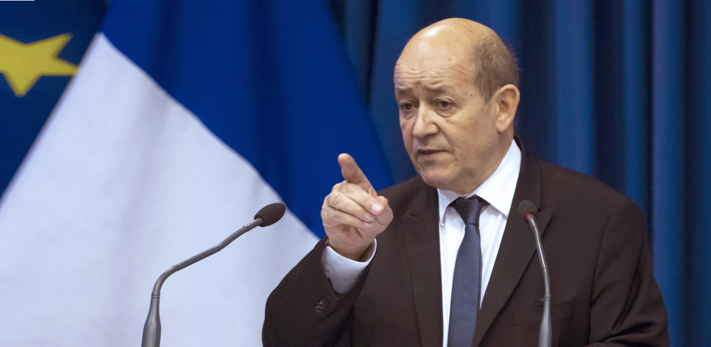 Ministrul francez de Externe, Jean-Yves Le Drian, avertizează dur Kremlinul
