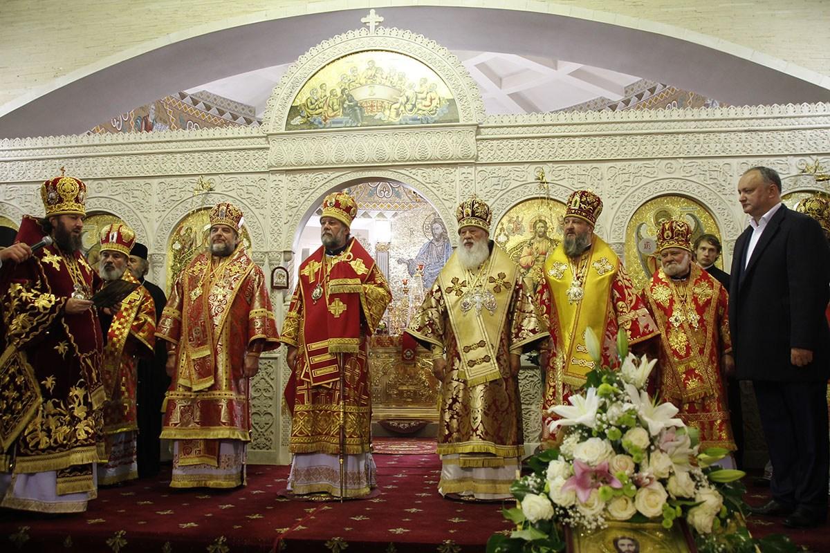 Președintele Republicii Moldova, Igor Dodon, este un oaspete permanent al festivităților Mitropoliei ruse de Chișinău și a Întregii Moldove