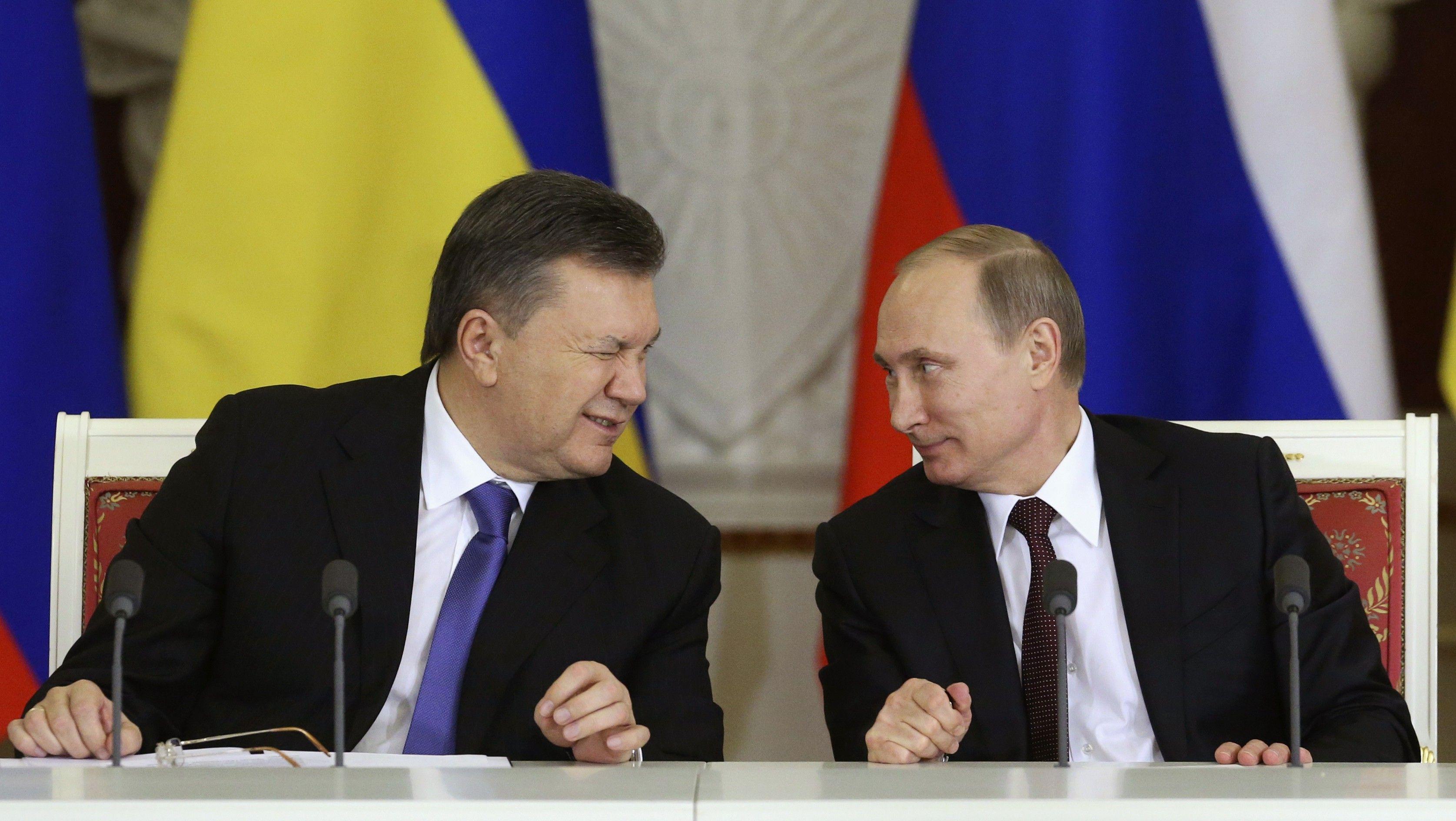 Fostul președinte de la Kiev, Viktor Ianukovyci, mizează pe sprijinul liderului rus Vladimir Putin pentru a reveni în Ucraina