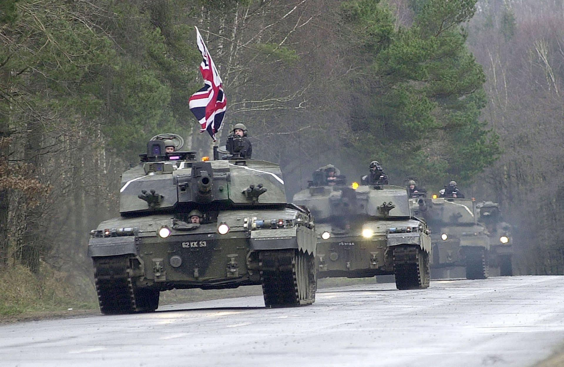 Armatele NATO, nevoite să intensifice ritmul exercițiilor pentru a face față Federației Ruse