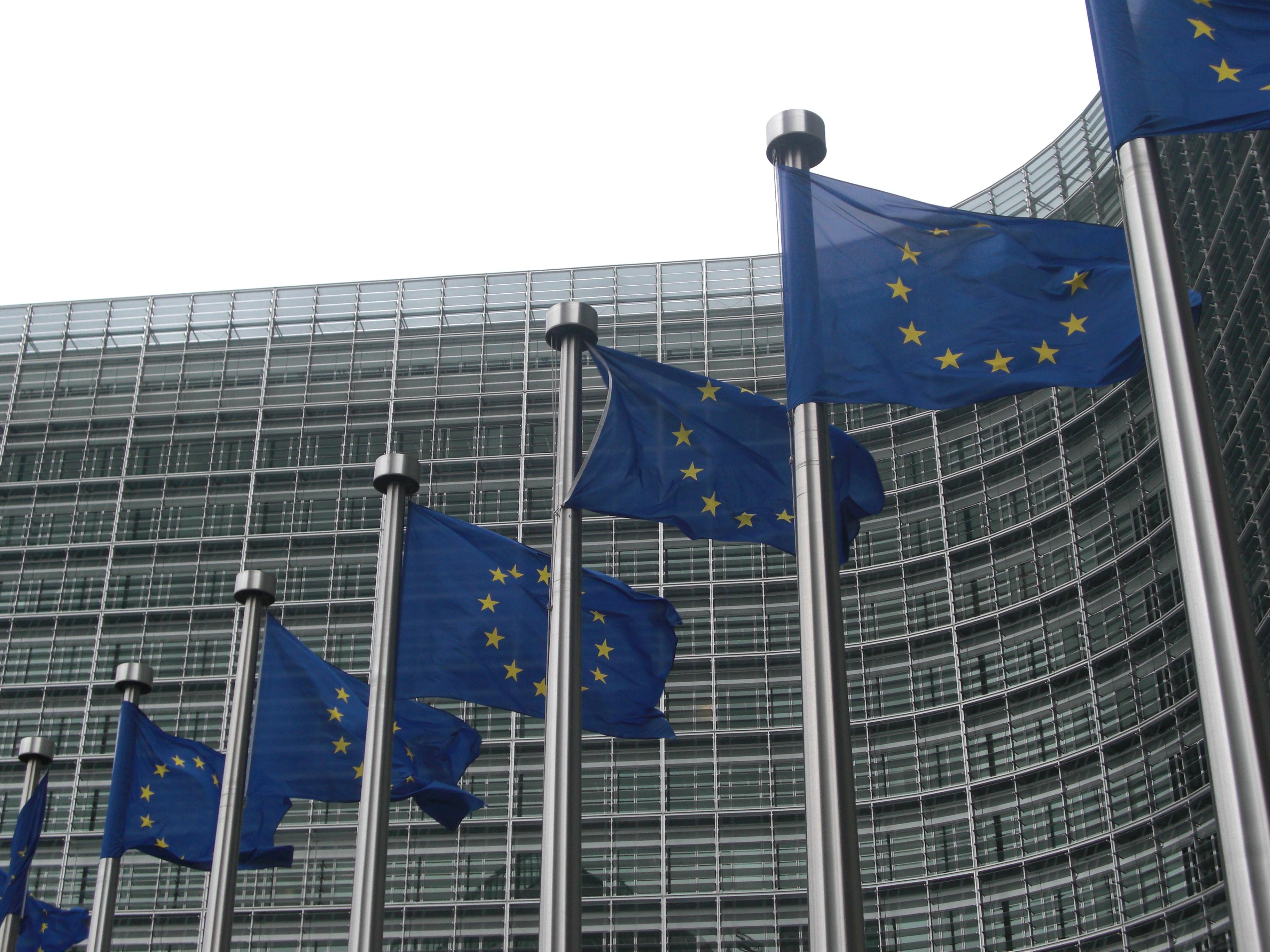 Comisia Europeană susține macrofinanciar Ucraina