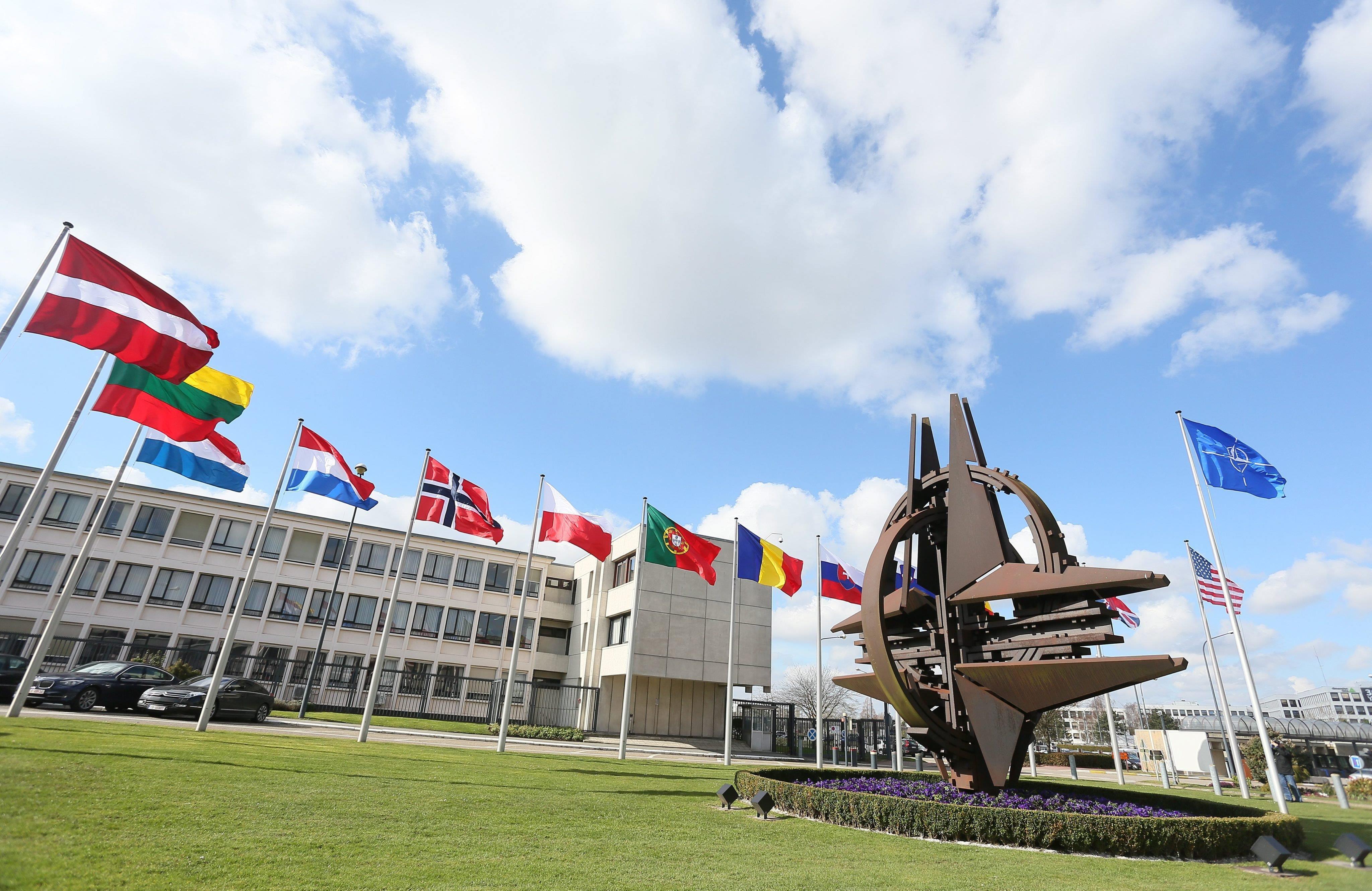 NATO vrea să se extindă în Balcani