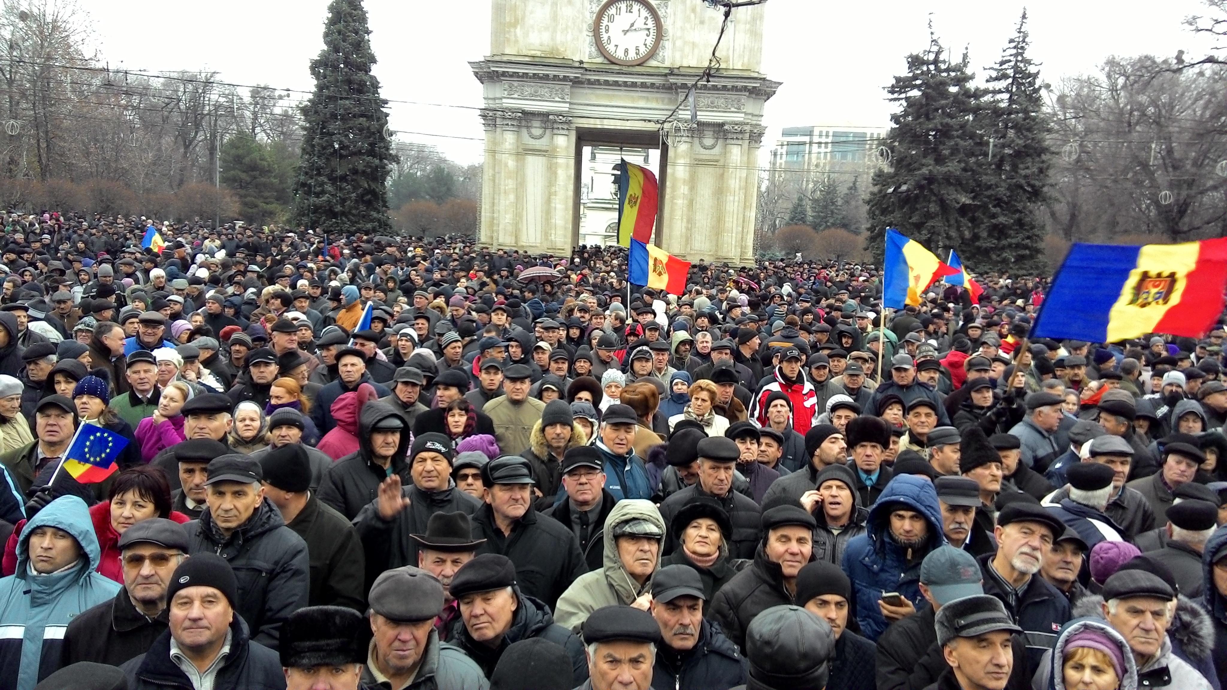 Opoziția-amenință-cu-proteste-masive-la-Chișinău
