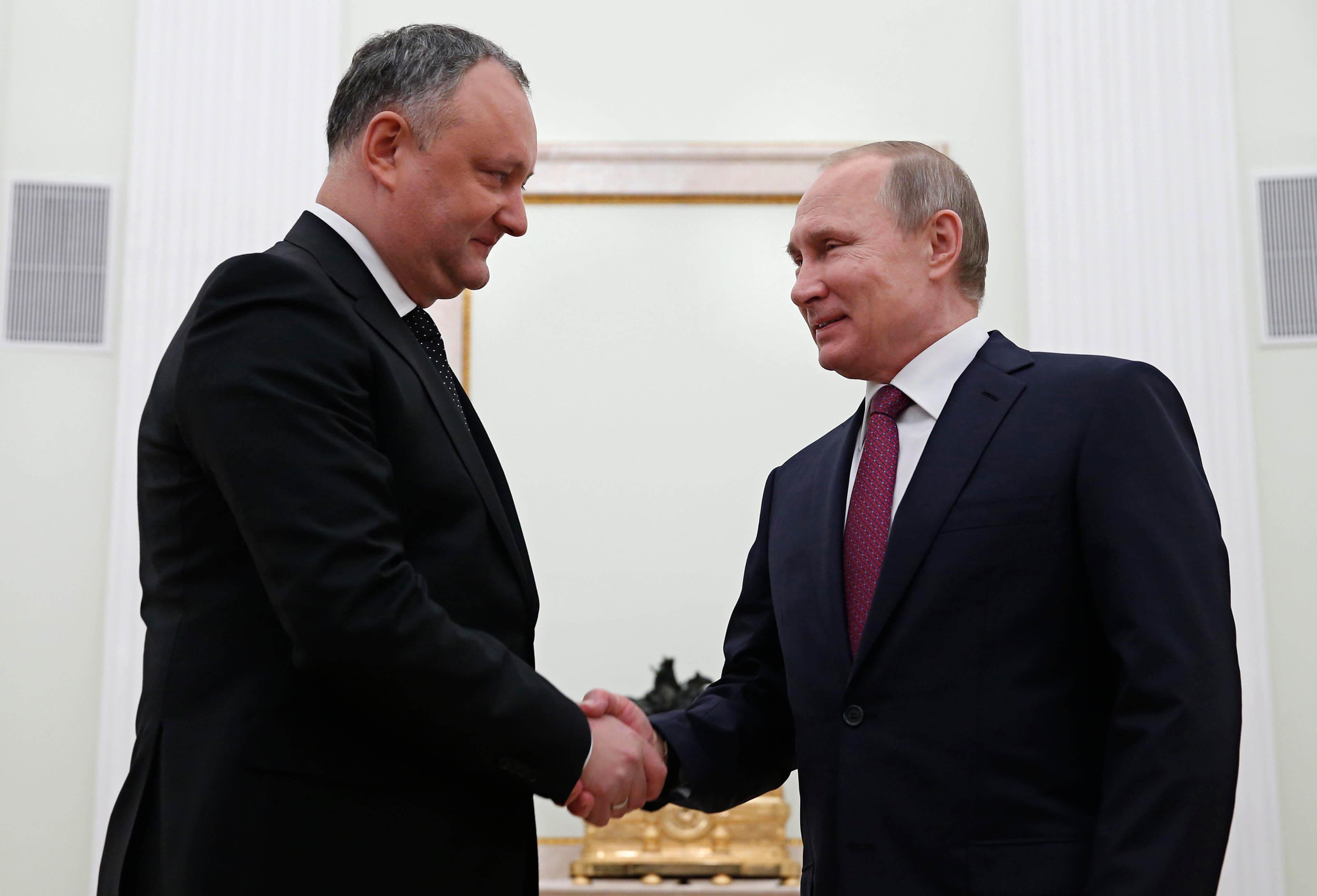Președintele Republicii Moldova, Igor Dodon, se mândrește cu relațiile apropiate pe care le are cu omologul rus Vladimir Putin