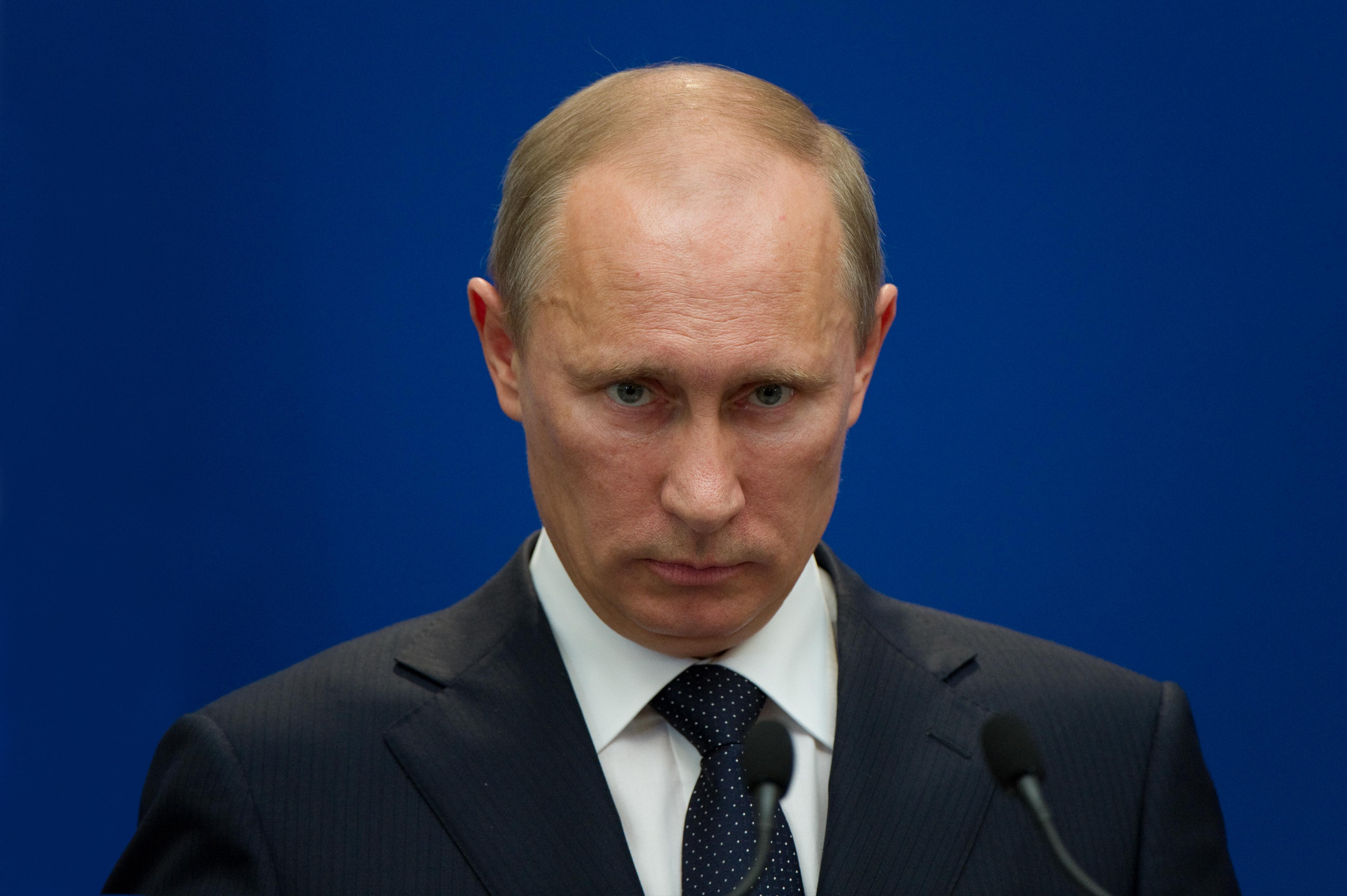 Președintele Liderul rus, Vladimir Putin, principalul aliat politic extern al președintelui Dodonrus, Vladimir Putin, acuzat de pregătirea unor asasinate în Ucraina