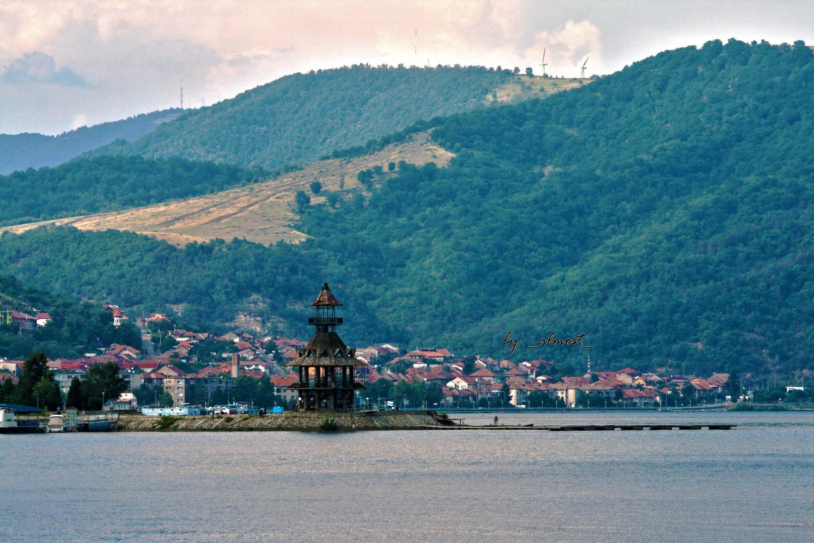 Dunărea, amenințată de politica nucleară a Sofiei