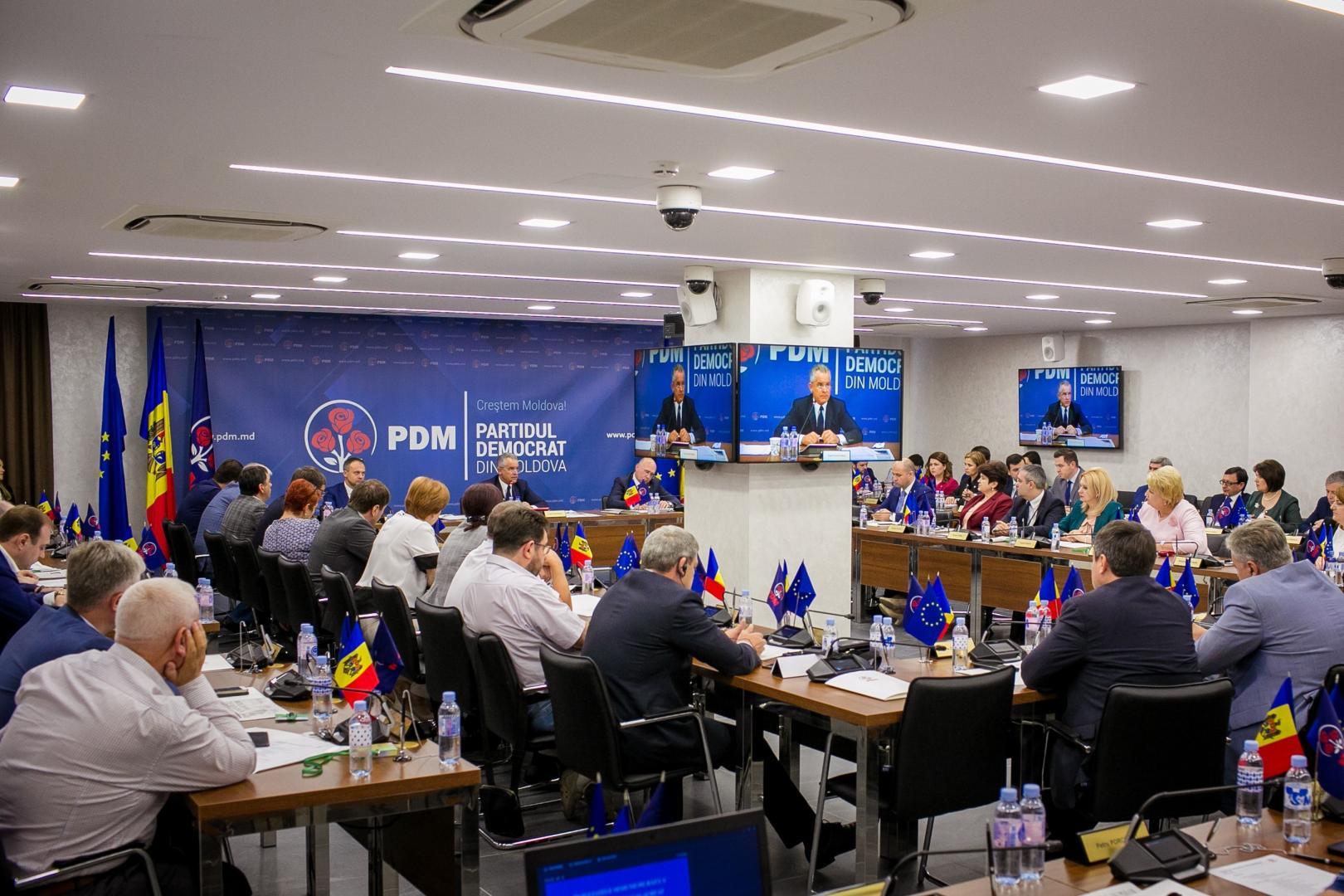 Liderii PDM vor declanșarea unor acțiuni de stradă anti-europene