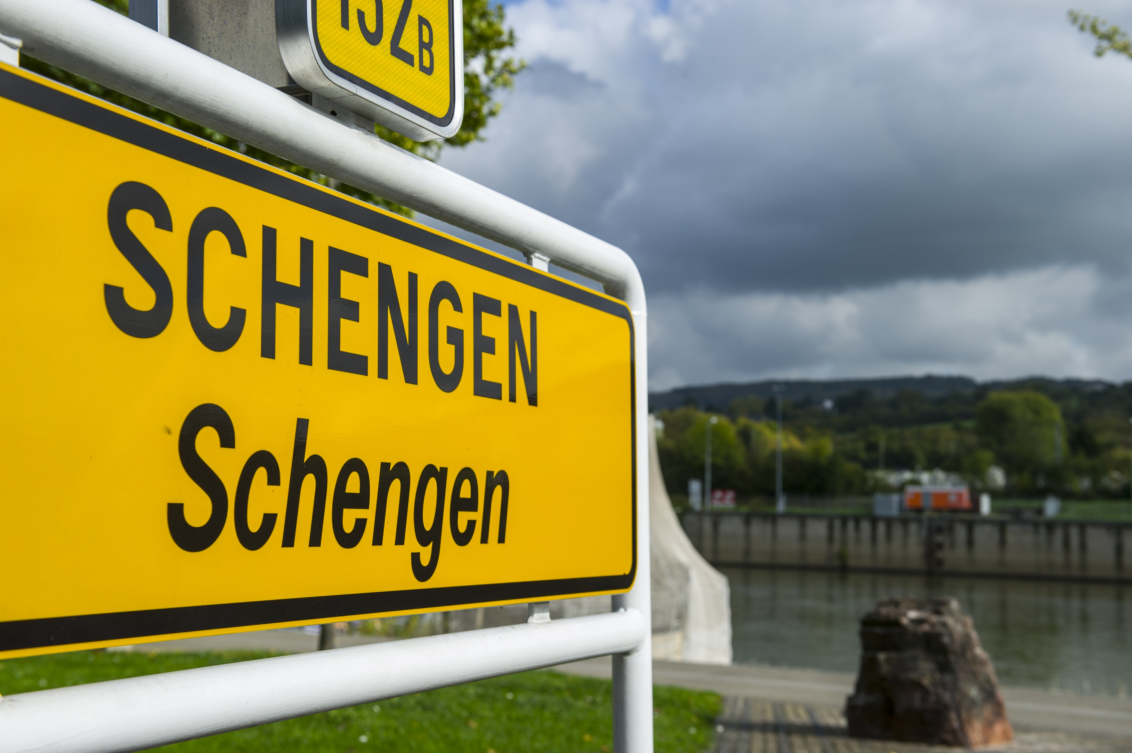 Spațiul Schengen, mai scump pentru cetățenii non-UE