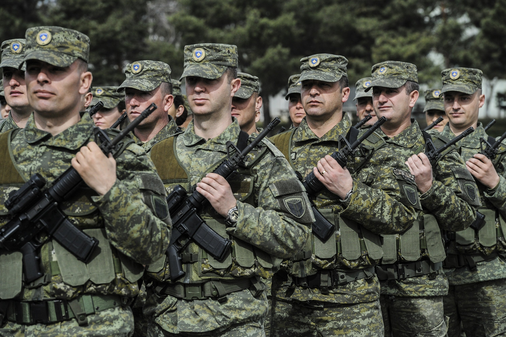 Armata Republicii Kosovo, semn al independentei fata de Serbia