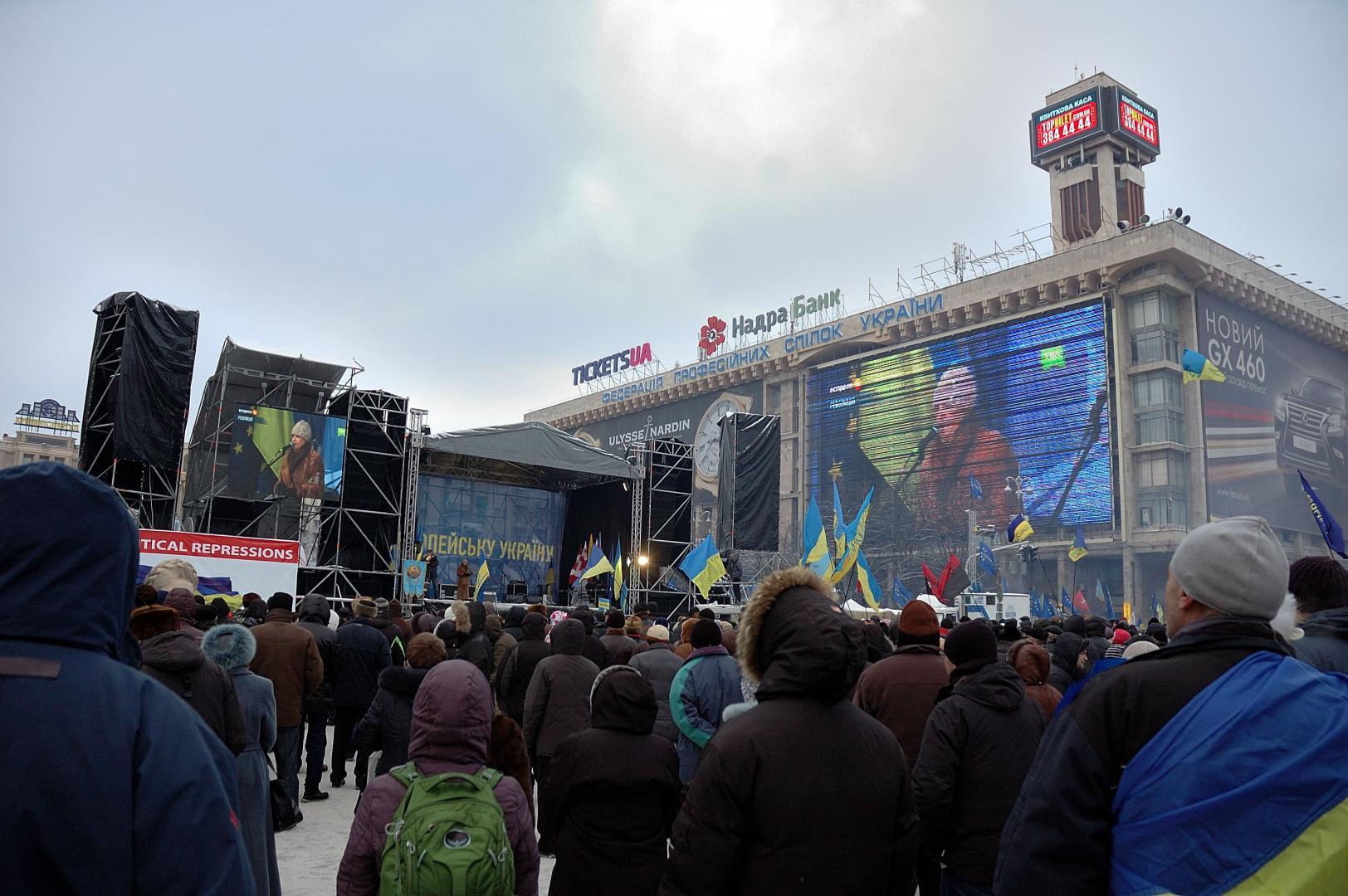 Populația Ucrainei, principala victimă a sancțiunilor și războiului din Donbass