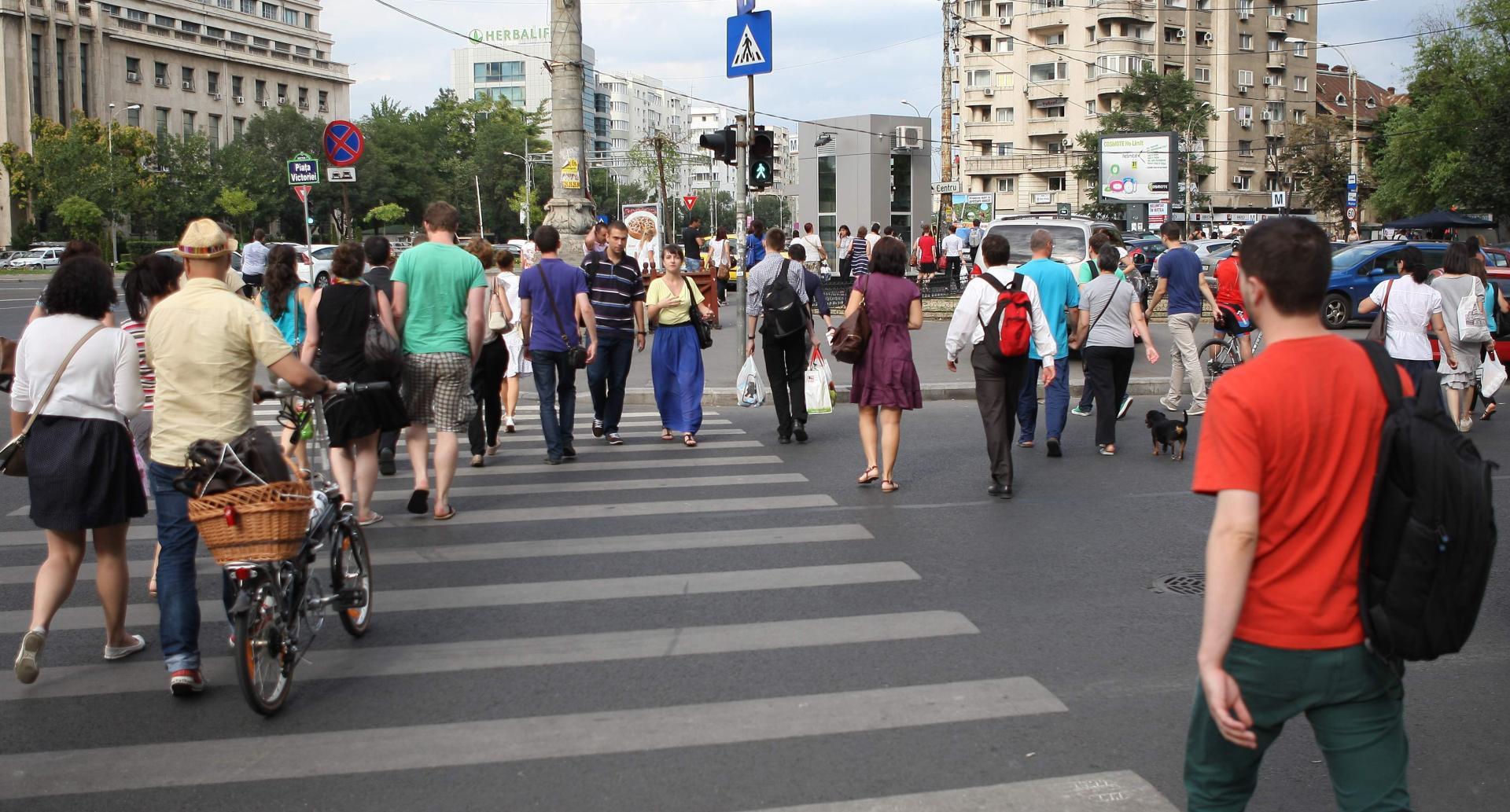 Românii-așteptați-la-referendum