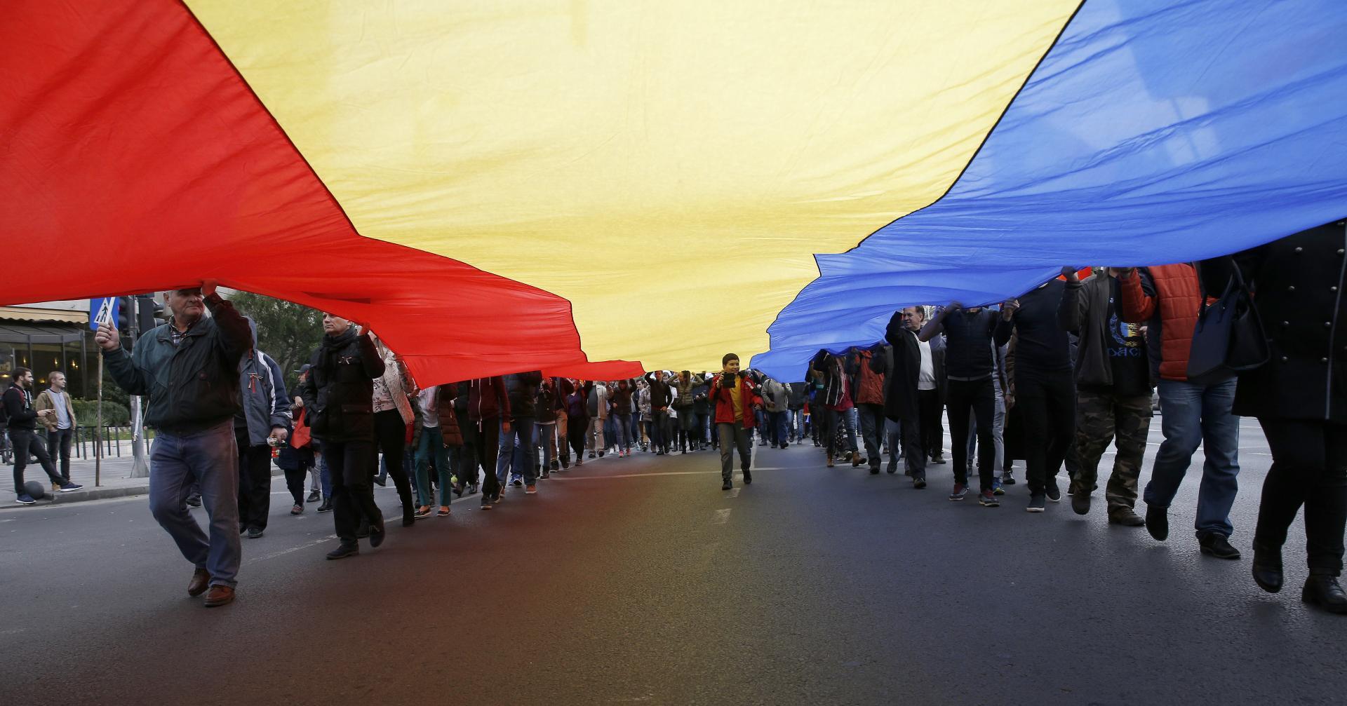 Opoziția pro-europeană de la Chișinău mizează pe sprijinul României