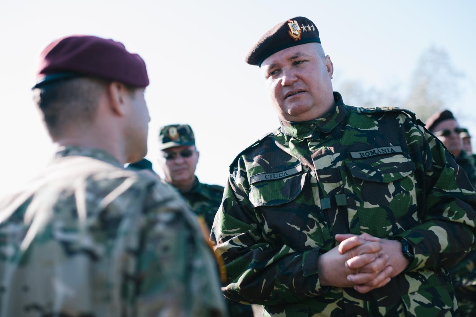 Șeful-Statului-Major-al-Apărării-SMAp-generalul-Nicolae-Ciucă-contestat-juridic