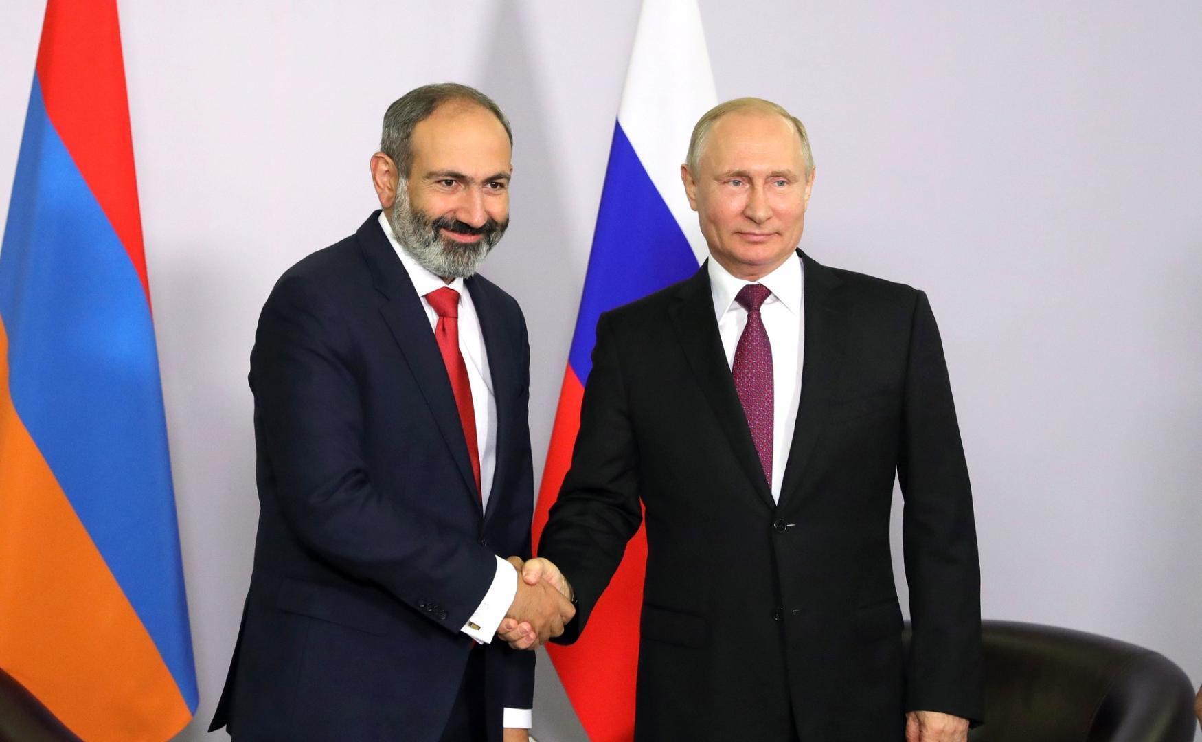 Liderul rus, Vladimir Putin, a acceptat preluarea puterii la Erevan de catre Nikol_Pashinyan