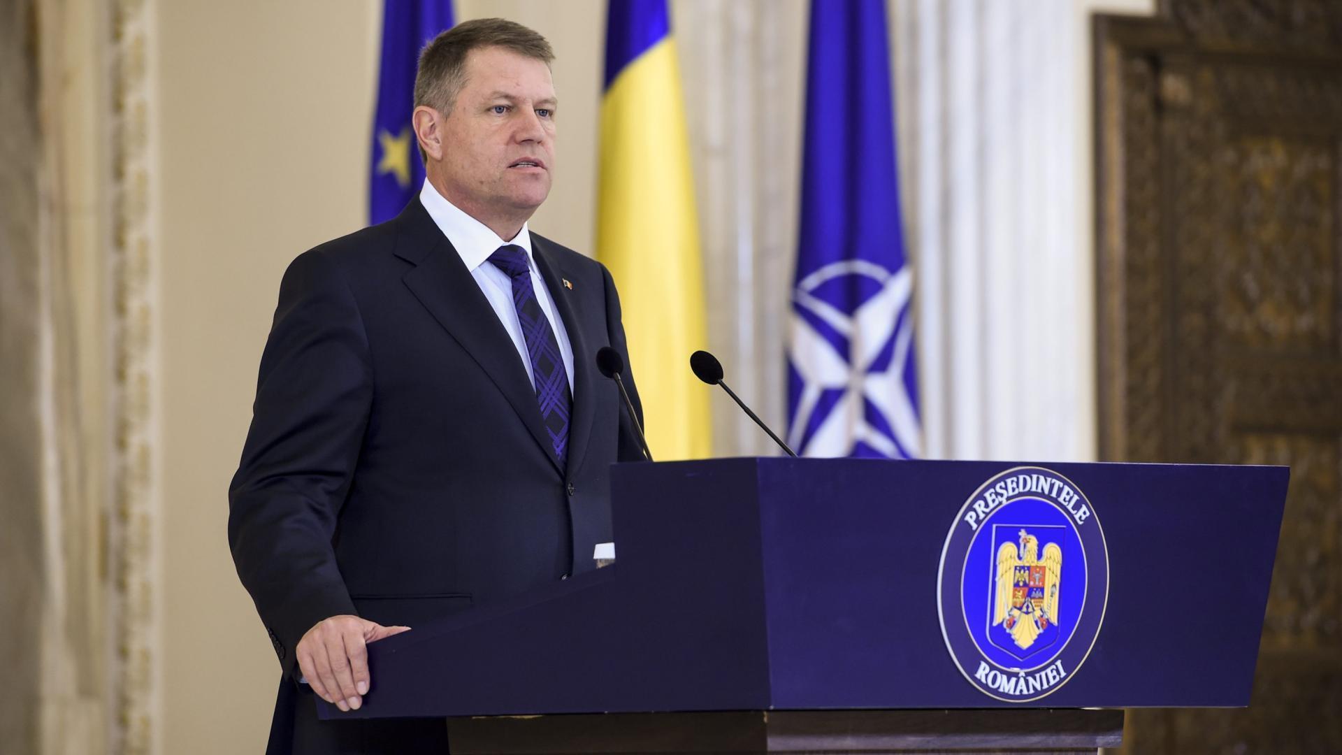 Președintele român Klaus Iohannis intră în războiul politic din Venezuela