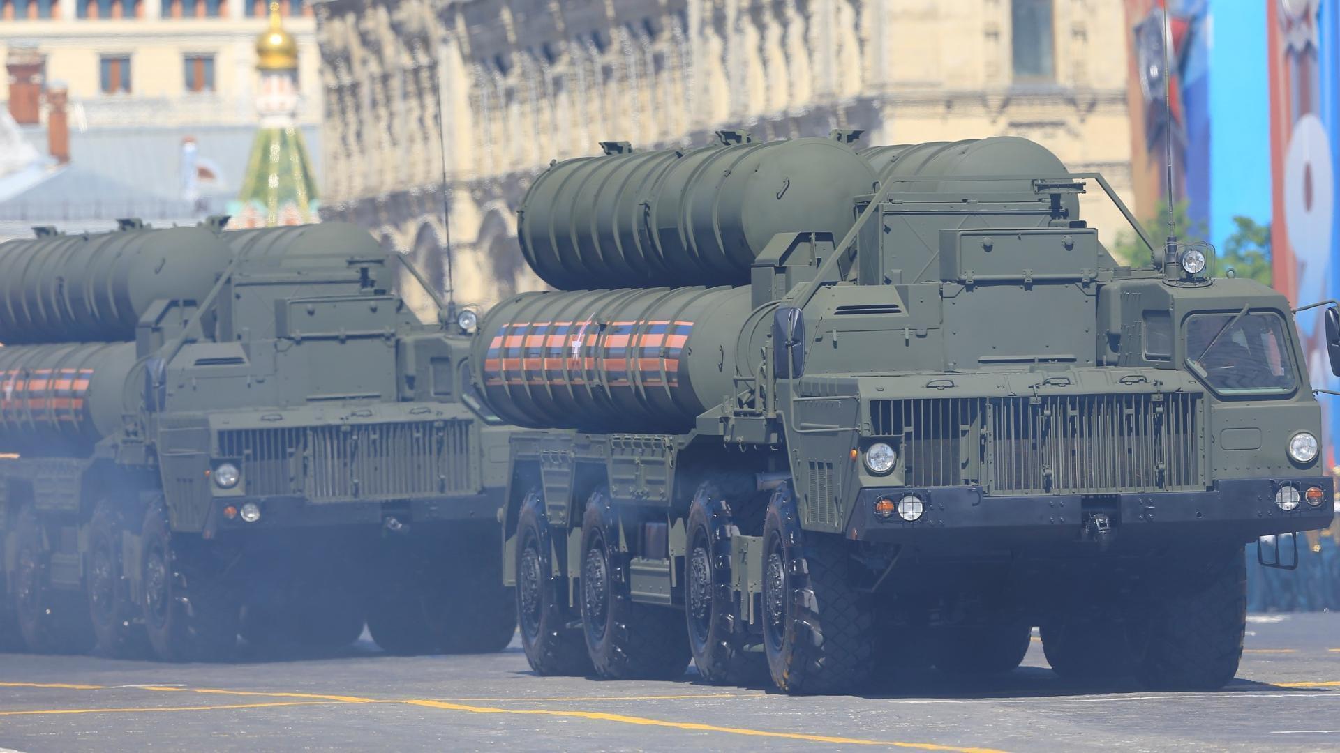 S-400-simbolul-ocupației-militare-ruse-din-Crimeea