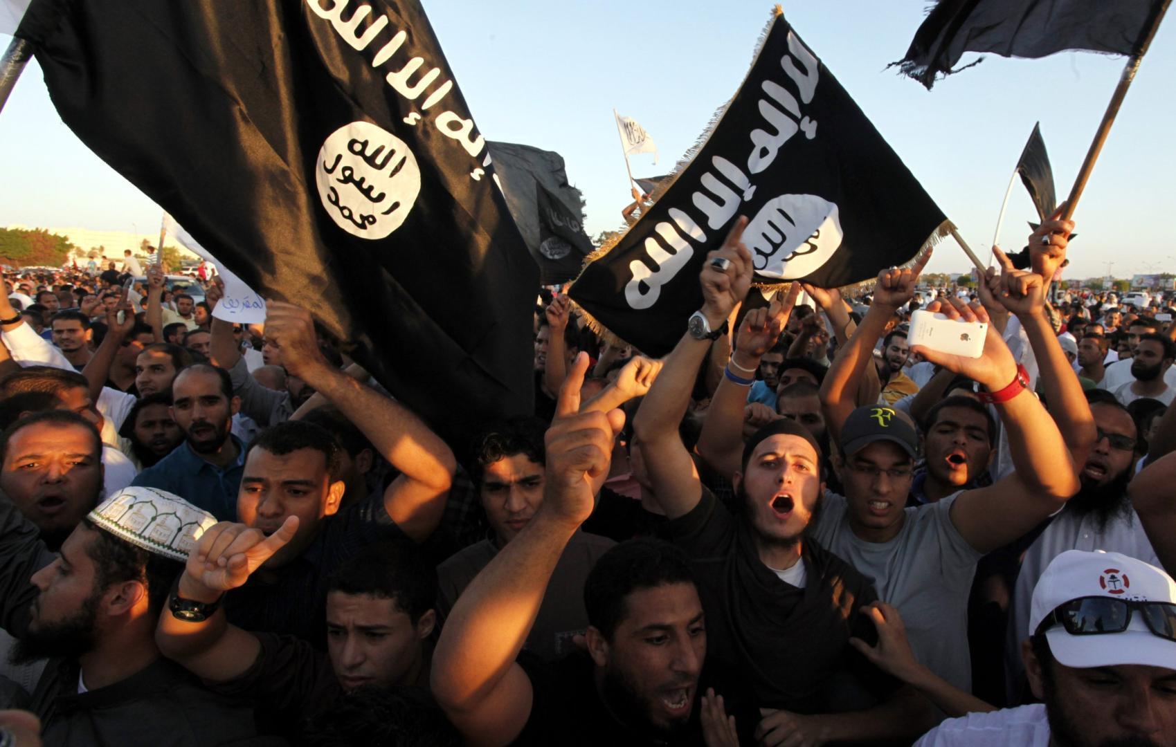 Statul-Islamic-beneficiază-financiar-de-traficul-cu-antichități-și-relicve-creștine