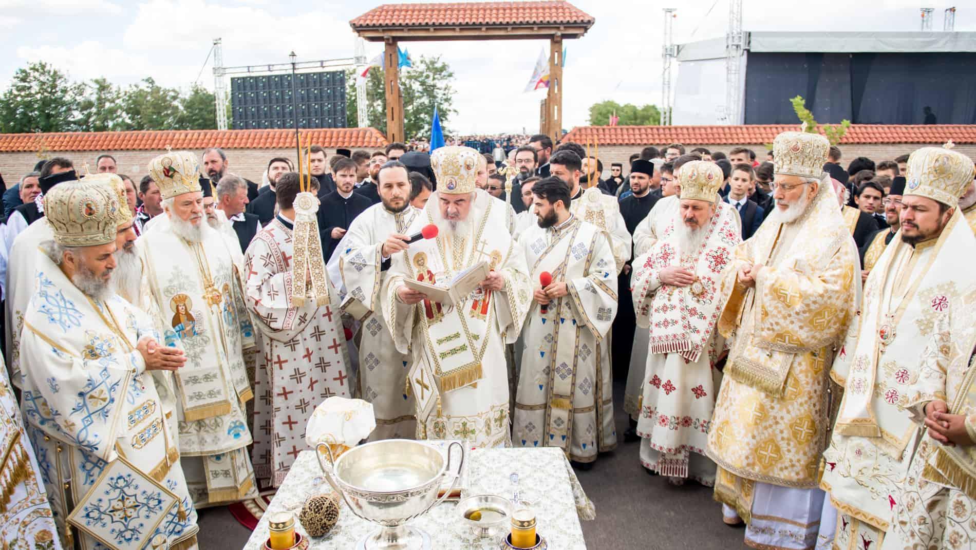 Patriarhul român Daniel susține poziția Patriarhiei Ecumenice